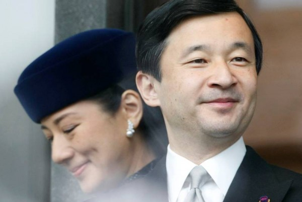 japanese-emperors-life-filled-with-breaks-from-tradition