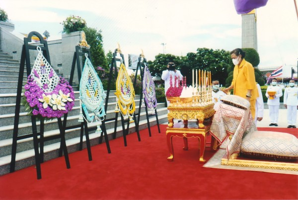 Rama VIII Bridge Park-01