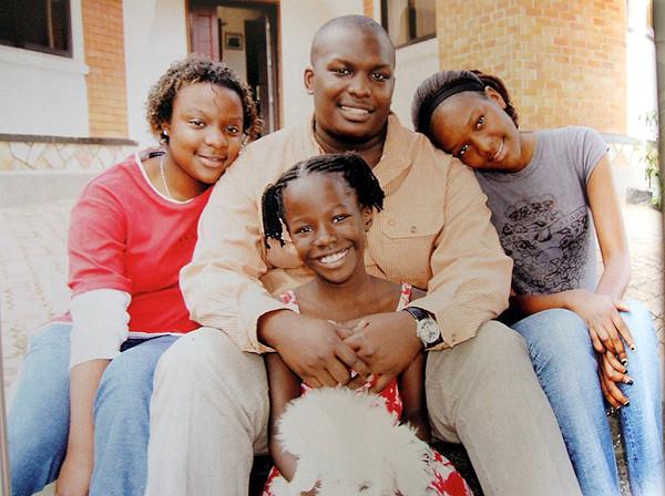 Prince Jjunju (M)+Nassolo (L)+Ssangalyambogo+Nkinzi(R)