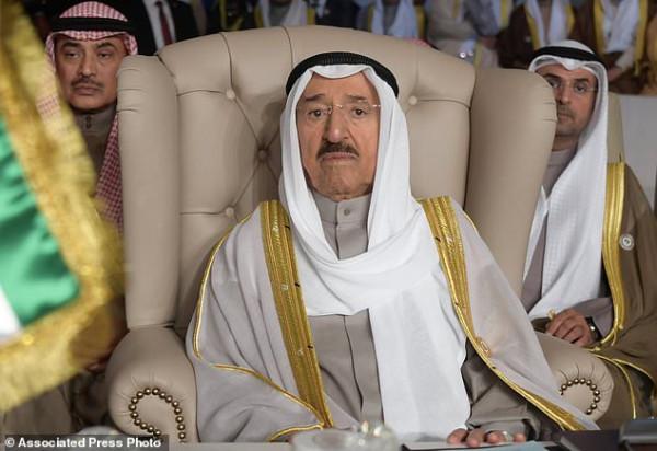 202007_эмир-кувейта-эвак-сша
