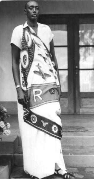 Tutsi_king_Mutara-05