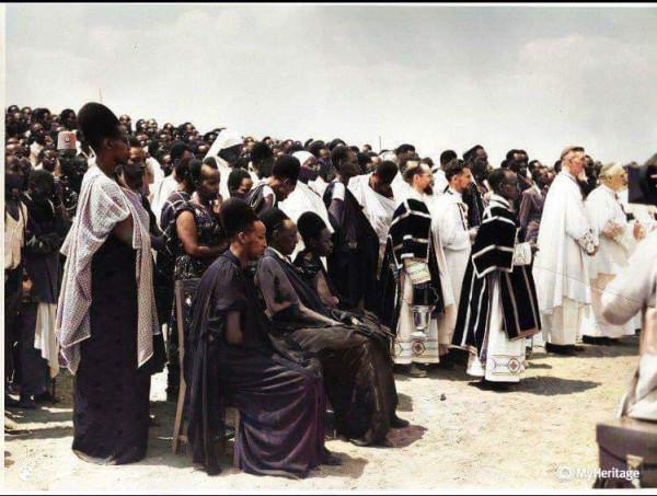 Tutsi_king_Mutara-11