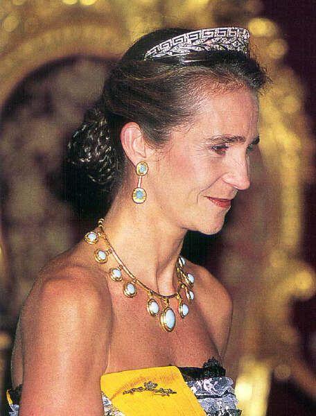 Marichalar tiara-11