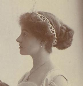 10_Lady Eileen Knox