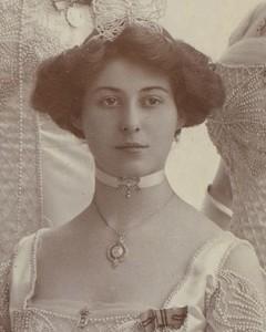 09_Duchess of Sutherland (née Lady Eileen Butler)