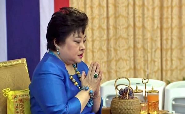 Январские мероприятия тайских принцесс