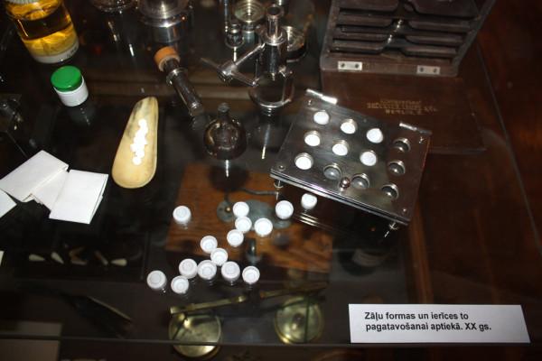 Пресс для изготовления таблеток, начало 20 века-2
