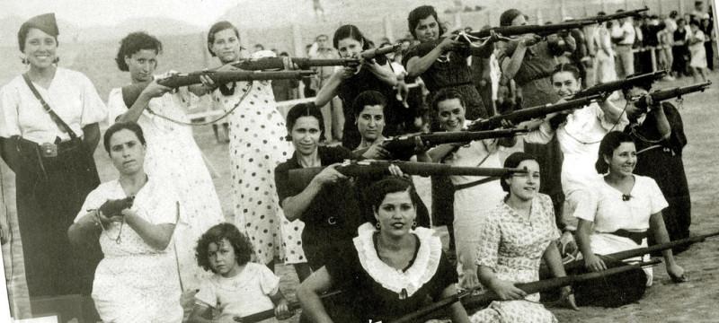 Militia Women during Spanish Civil War in the 1930s (1)