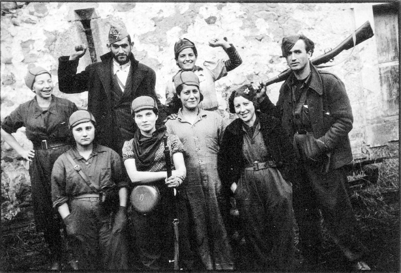 Militia Women during Spanish Civil War in the 1930s (9)