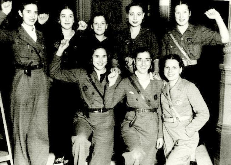Militia Women during Spanish Civil War in the 1930s (29)