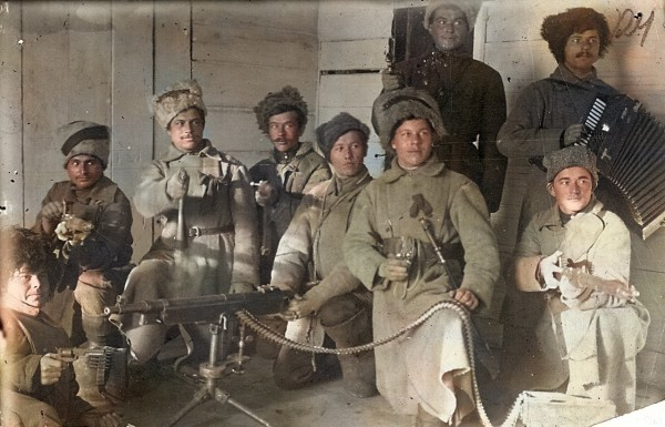Пулемётная команда.improved_photo