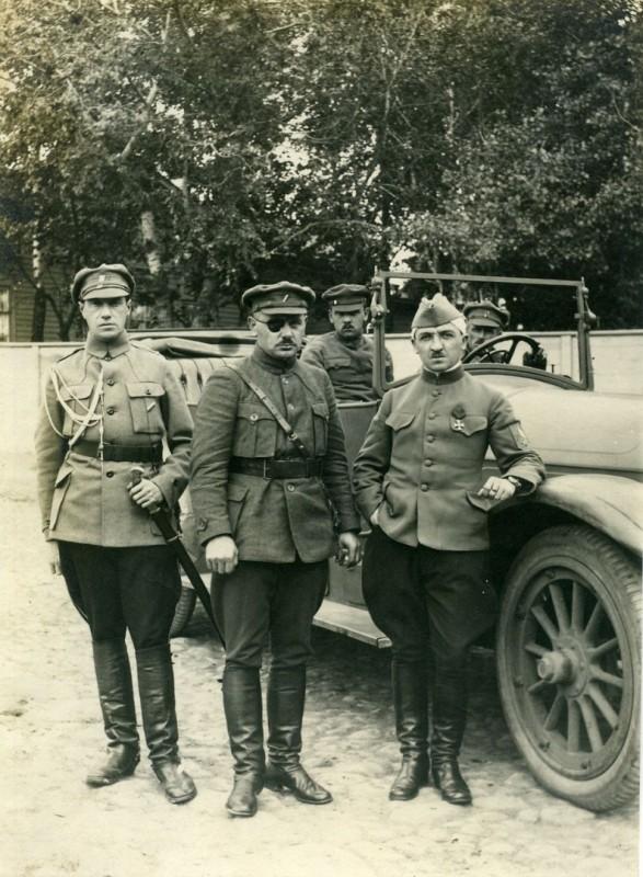 Ян Сыровый (в центре) в Самаре