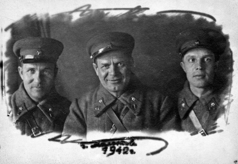 Ф.Г.Копытов (в центре). 1942 г.