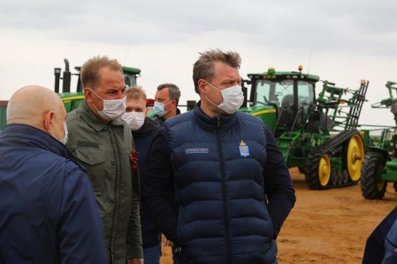 губернатор и аграрии