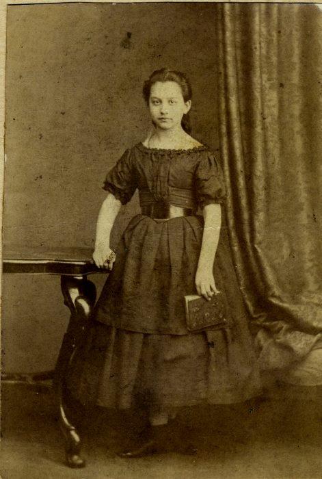 1866 год Анна Ивановна Соболева (ур. Скворцова) 14 лет