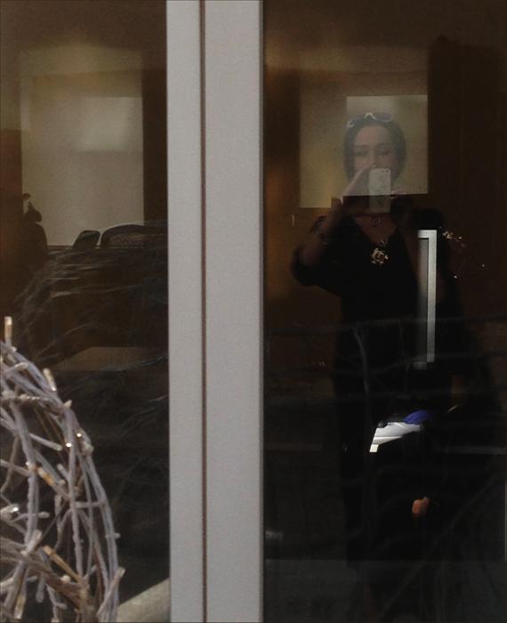 door_mirror