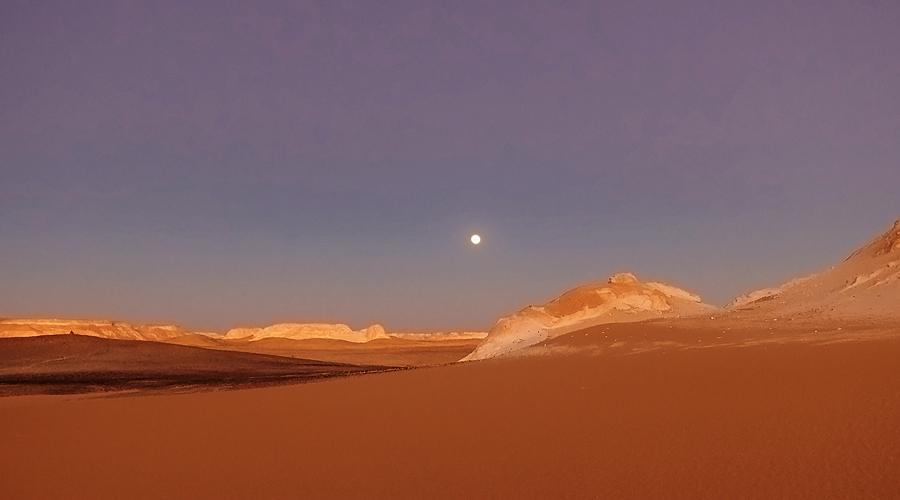 moon_aqabad_inet
