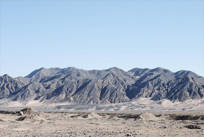 black_desert2