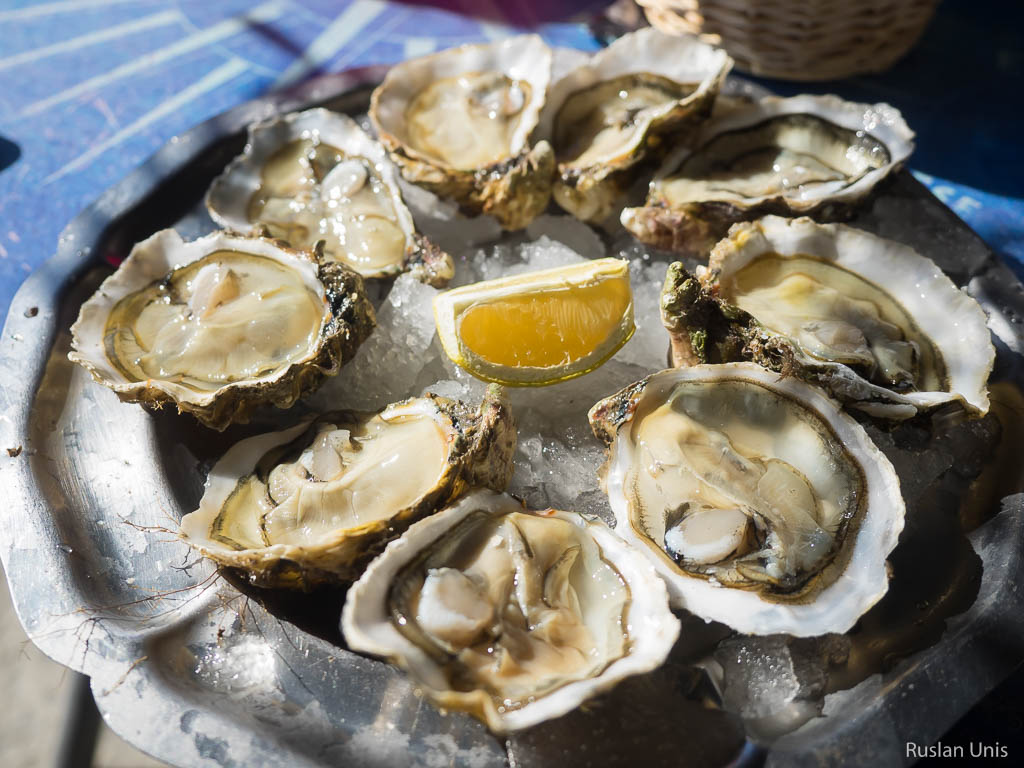 Впервые попробовал устрицы и вообще про морепродукты