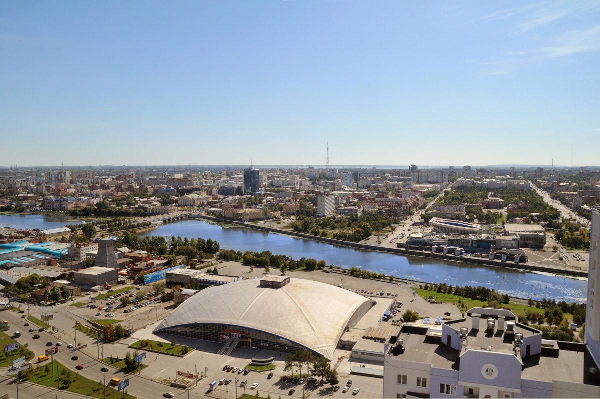Челябинск фото вид на реку Миасс и торговый центр