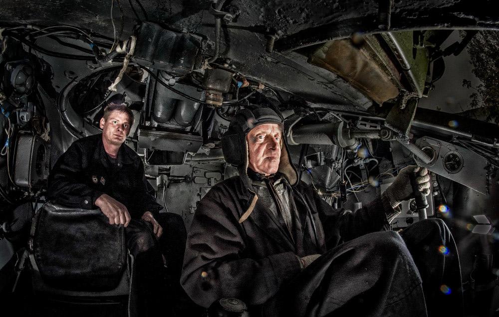 фотограф челябинск стробизм знаменитый танк Второй мировой войны Т-34 изнутри