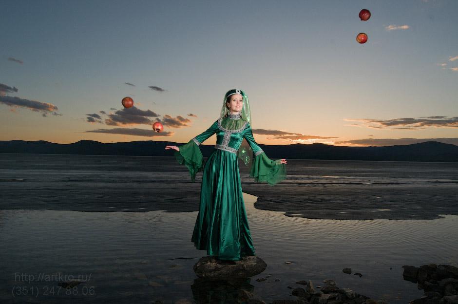 Царица Тамара - косплейный костюм, стробизм на закате фотограф челябинск