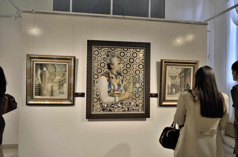 Никас Сафронов в Челябинске. Экспозиция картин 003