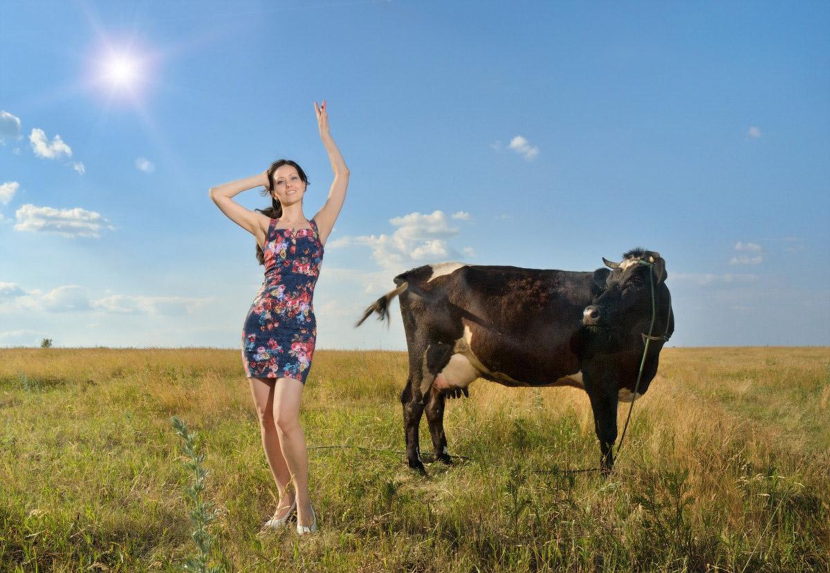 Sweet dreams is milk of this - фотограф тестирует вспышку YN560-lll