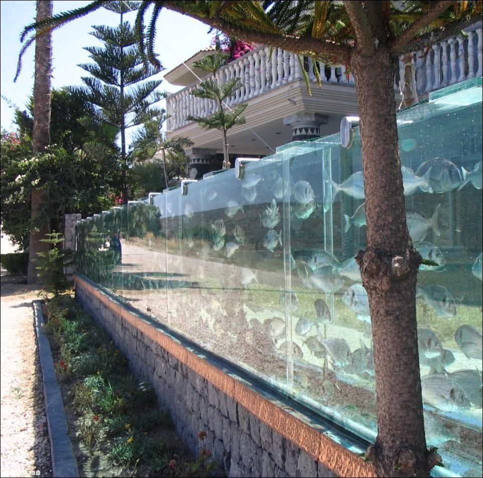 aquarium-fence-002