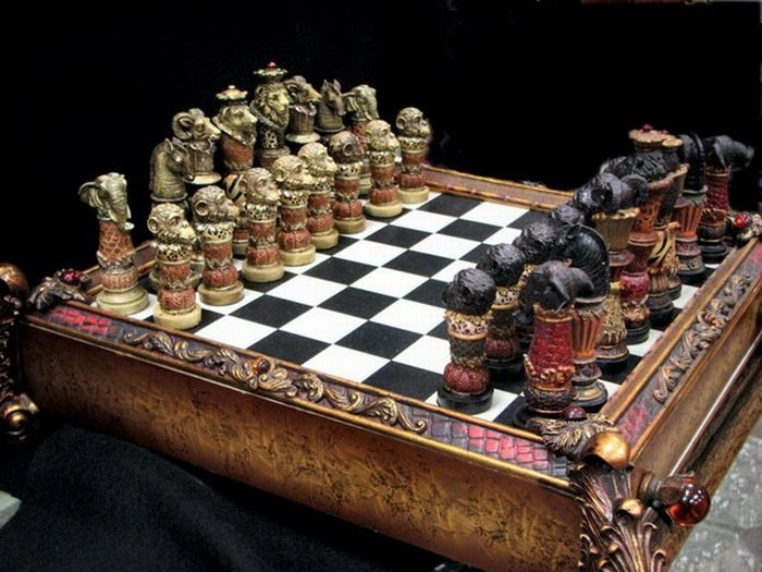 1269975650_cool_chess_boards_05