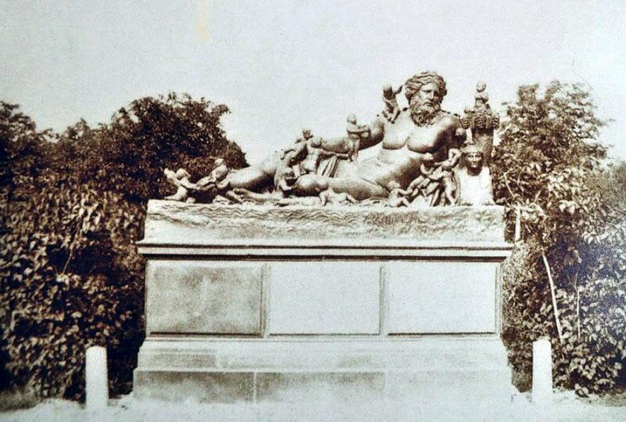 Великанъ у павильона Озерки 1870годъ.
