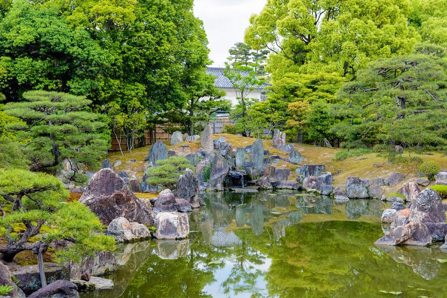 japan892.jpg