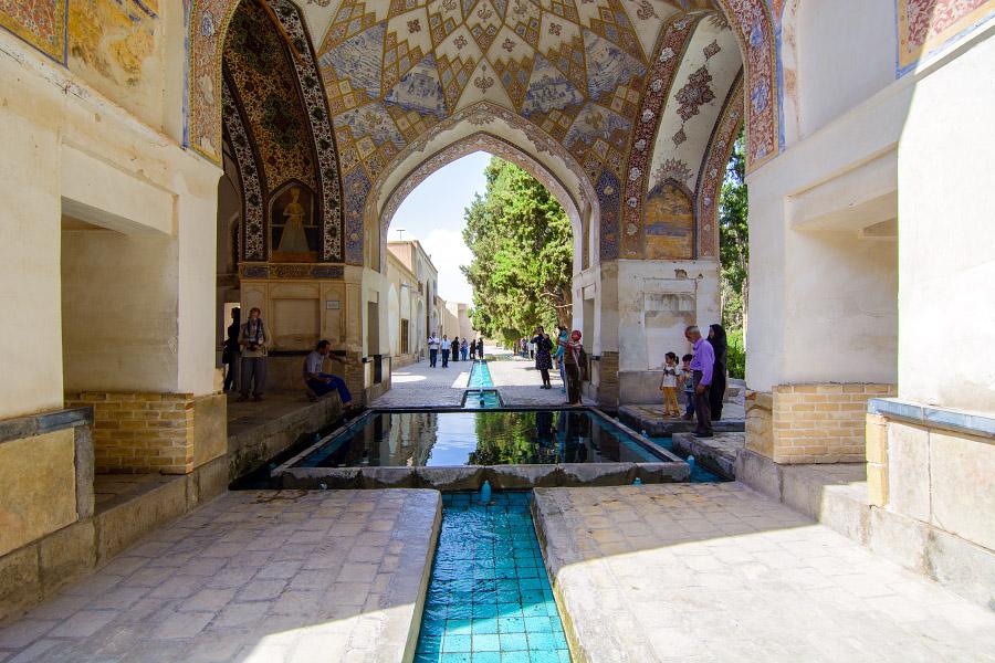 iran106.jpg