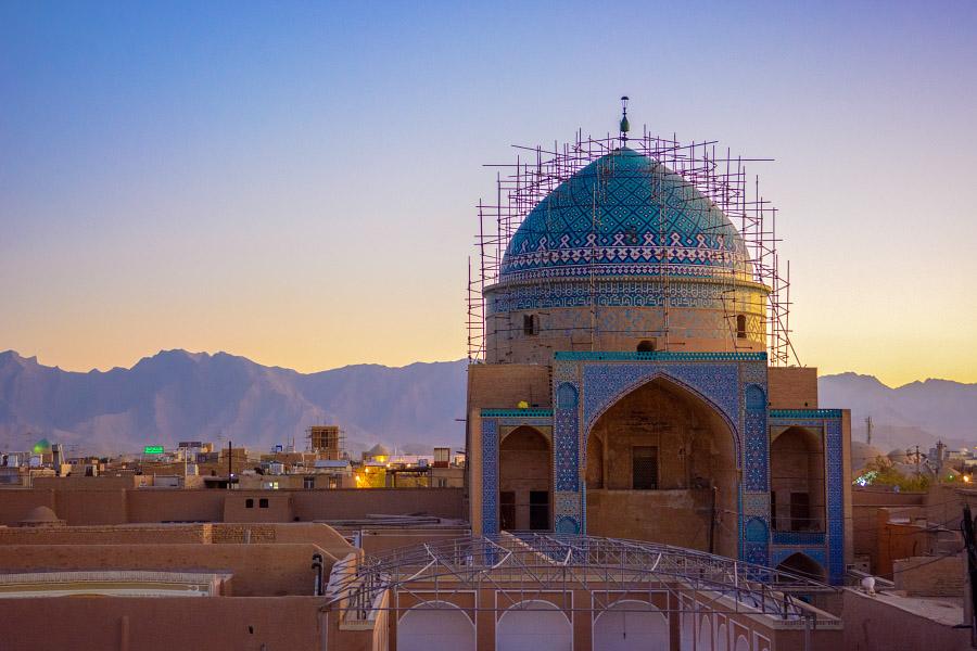 iran858.jpg