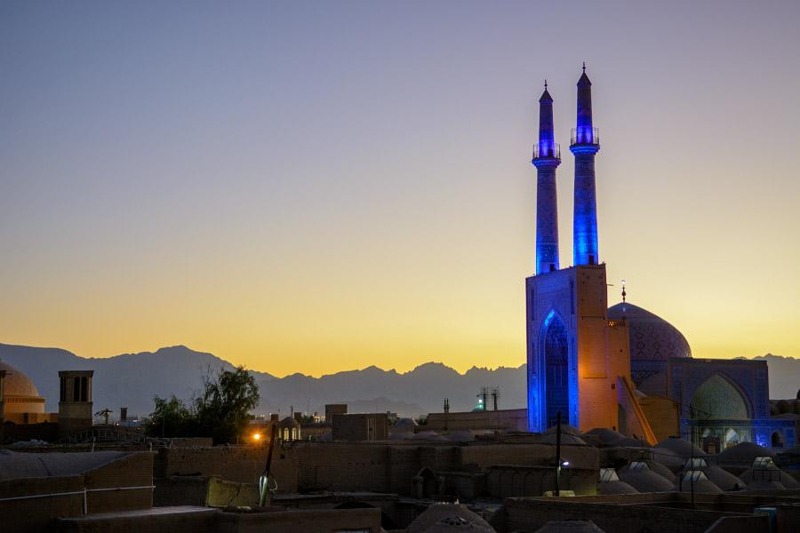 iran859.jpg