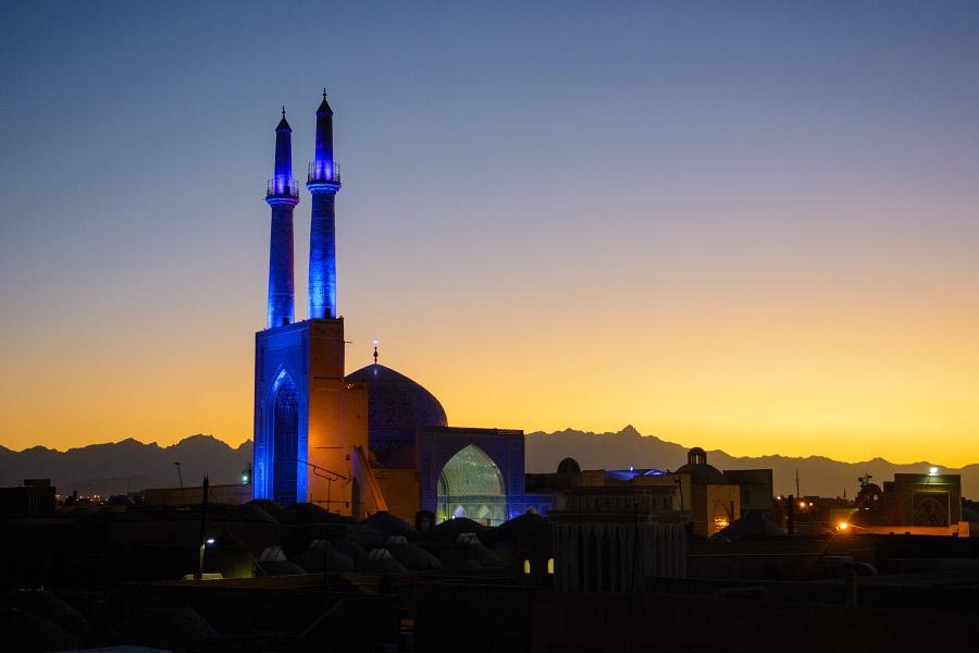 iran867.jpg