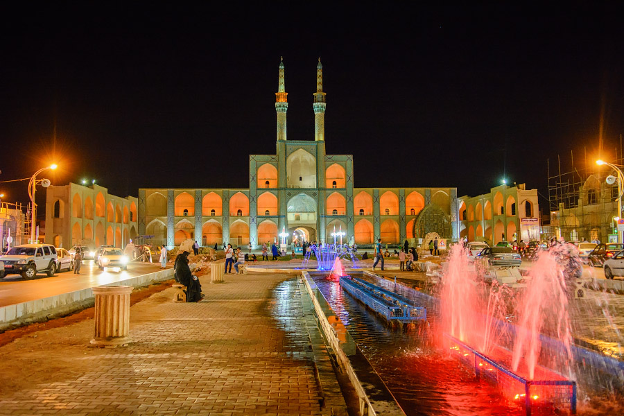 iran891.jpg