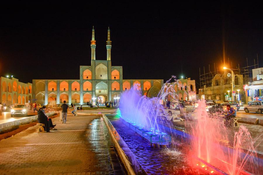 iran895.jpg