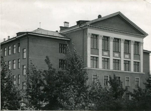 68_Новая школа в Кировском районе