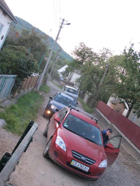 колонна машин на парковку