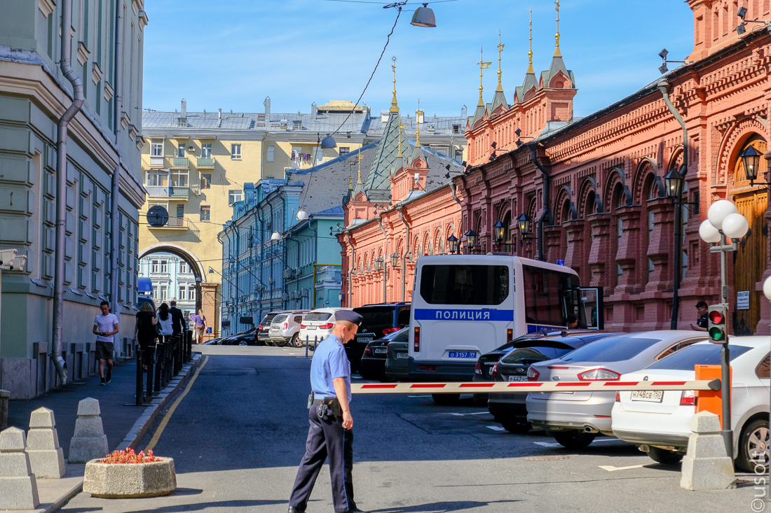 """""""Old Moscow"""" does not give up here, reserve, Only, 1990s, Gopnik, in general, on the contrary, Moscow, drivers, guys, something, Here, if you please, pedestrians, just look, Seriously, Just, you can,"""
