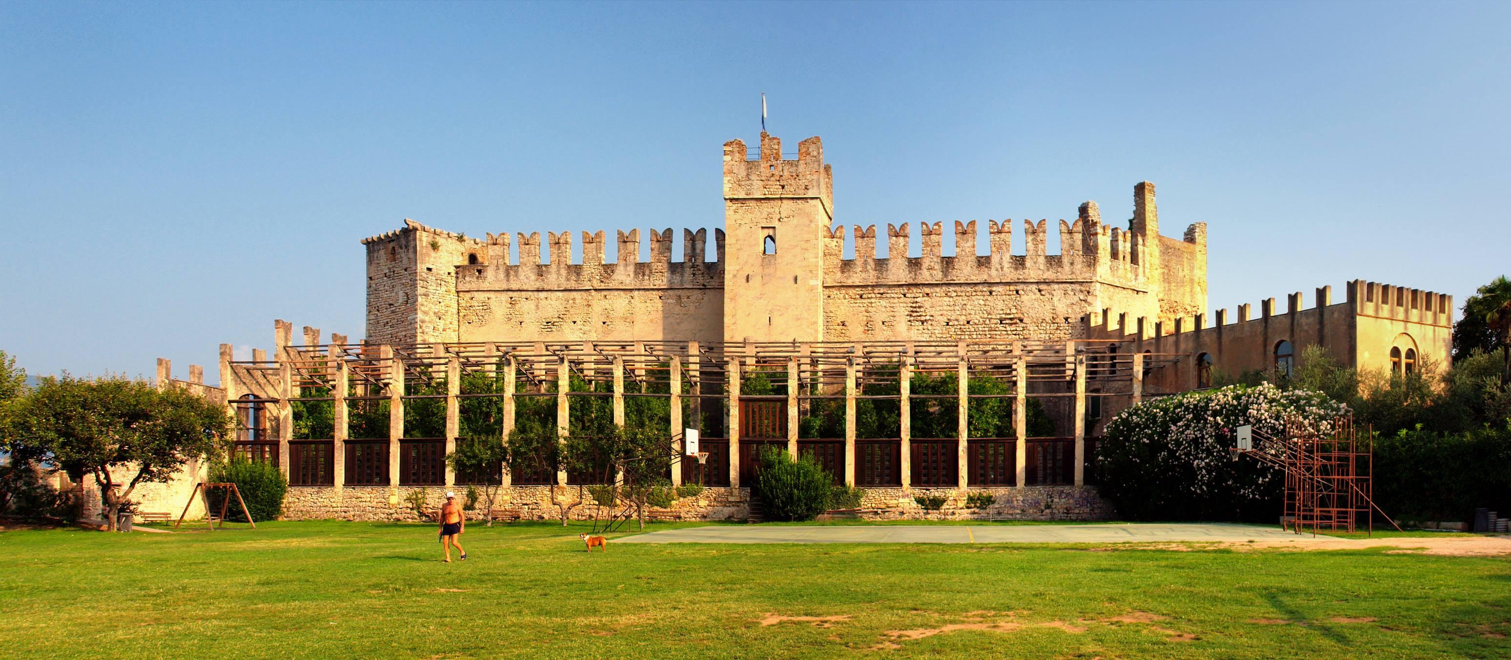 3) Замок Скалигеров, Торри-дель-Бенако