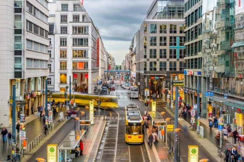 Berlin-Transit-889x592