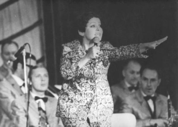 Orkestr_pod_upravleniem_Olega_Lundstrema._a_odnom_iz_koncertov._1970_god