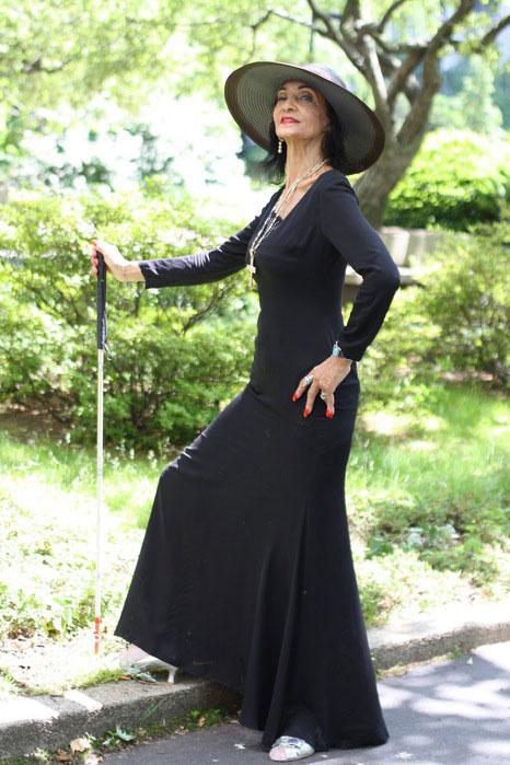 фото женщин бальзаковского возраста в норотком платье