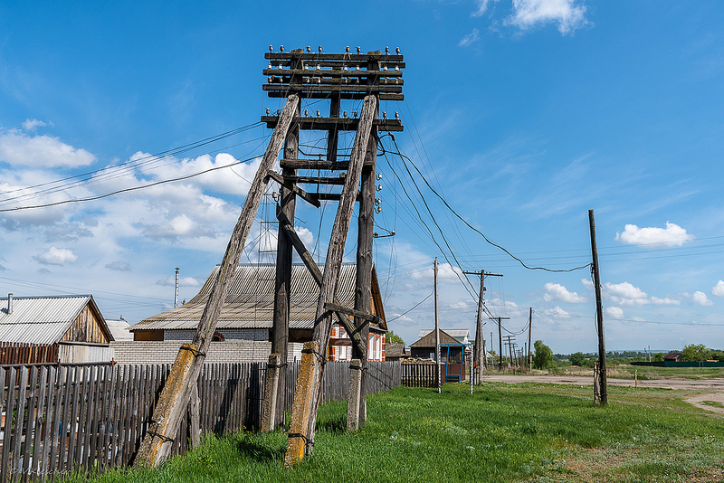 Бвышая линия электросвязи в селе Канадей, Ульяновская область