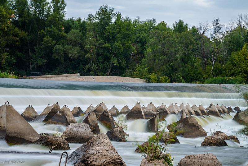 Плотина на реке Большой Иргиз