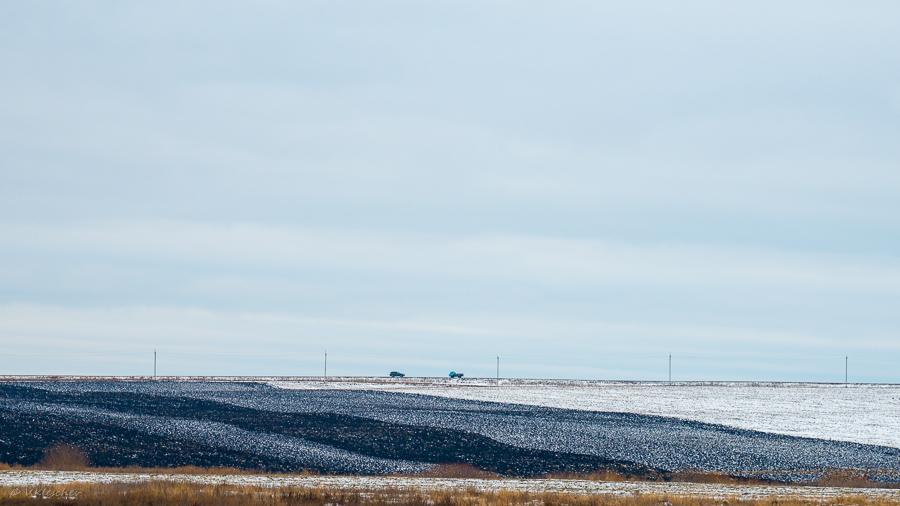 Снежок в полях