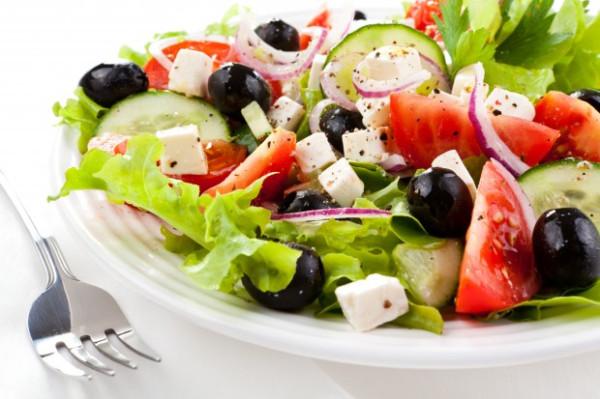 Gree-Salad-620x413
