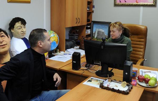 http://ic.pics.livejournal.com/v_milov/15837008/114277/114277_original.jpg